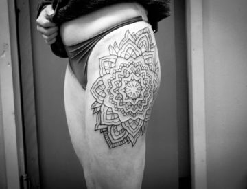 noch in Arbeit, von Laura - TattooStudio
