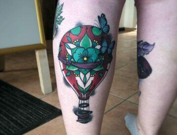 Neotrad neotraditional Tattoo Blutkunst hotairballoon