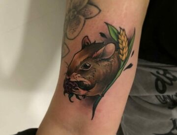 Neotrad neotraditional mouse small Tattoo Blutkunst