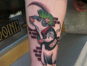 Punk Rat neotraditional Tattoo Neotrad Blutkunst