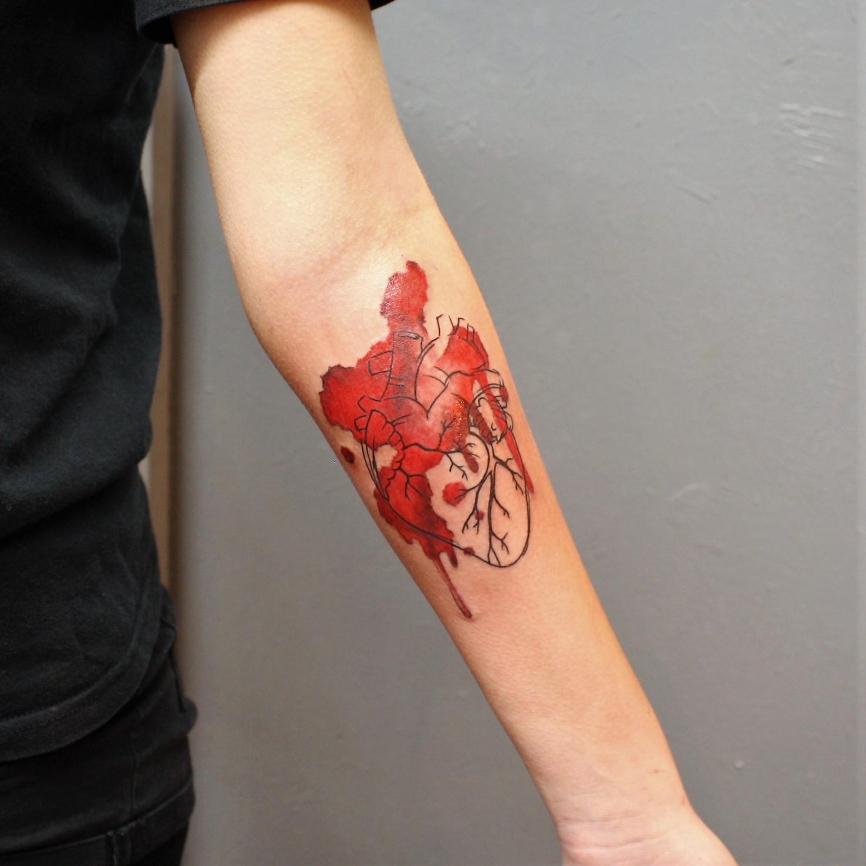 Watercolor Heart Aquarell Tattoo Blutkunst Tattoo